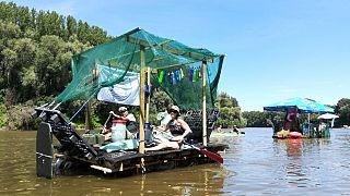 A PET Kupa hulladékból épített hajói