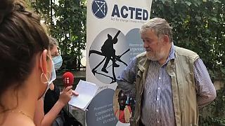 Acted regrette l'abandon des ONG