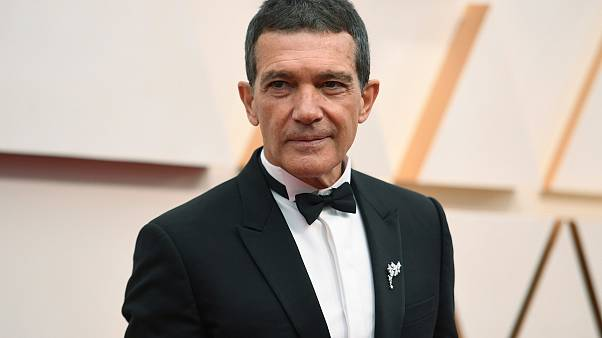 Antonio Banderas arrives at the Oscars on Sunday, Feb. 9, 2020, at the Dolby Theatre in Los Angeles.