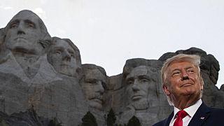 Trump vor Mount Rushmore