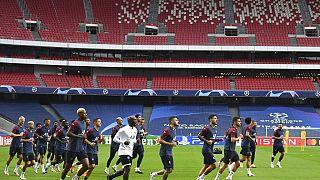 Entrenamiento del París Saint Germain (PSG) en el Estadio de la Luz de Lisboa