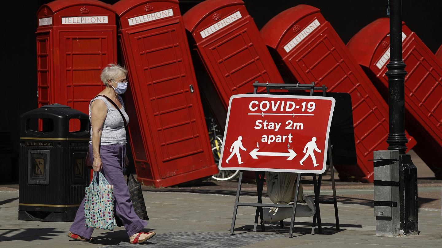 Coronavirus Uk Economy Plunges Into Largest Recession On Record During Lockdown Euronews