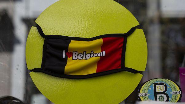 شاهد: العاصمة البلجيكية تفرض وضع الكمامة في جميع الأماكن العامة