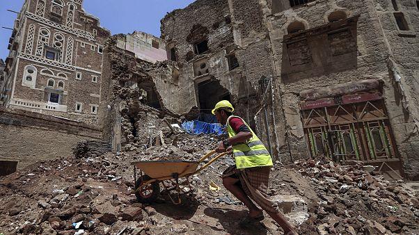 السيول تتسبب في دمار مواقع تراثية يمنية