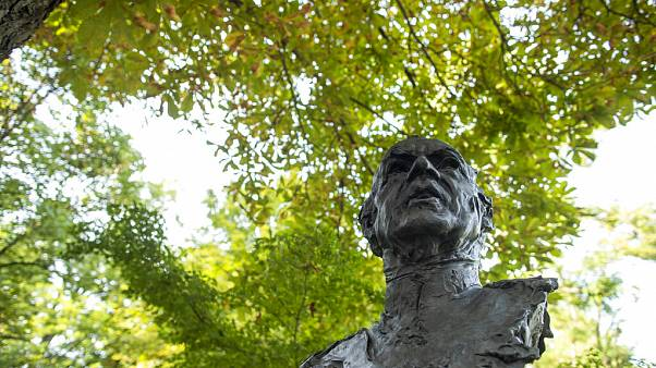 Eine Büste von Juan Carlos im Jardines del Campo del Moro in Madrid (3. August 2020)