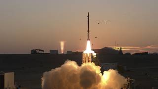 إطلاق نظام الدفاع الصاروخي