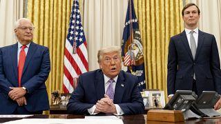 دونالد ترامپ، جرد کوشنر و دیوید فریدمن