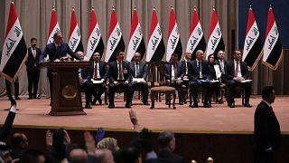 مصطفى الكاظمي رئيس الوزراء العراقي في البرلمان العراقي في بغداد