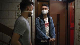 A fiatalok között egyre gyorsabban terjed a koronavírus
