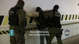 Арест перевозчиков нелегальных мигрантов на венгерской границе