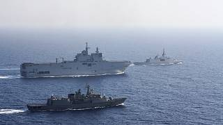 Fransız helikopter gemisi Tonnerre