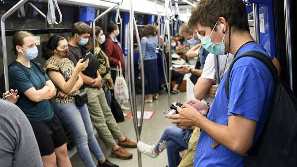 إجراءات جديدة للحد من انتشار الفيروس في سويسرا