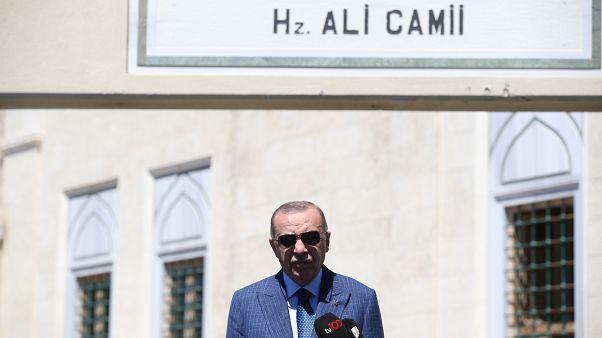 Cumhurbaşkanı Erdoğan: Abu Dabi ile ilişkilerini askıya alabiliriz