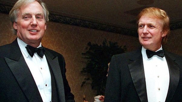 1999 senesi... Robert Trump (solda) ve abisi ABD Başkanı Donald Trump (sağda)