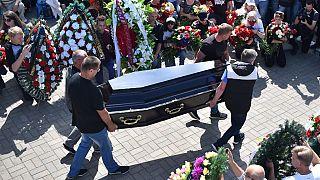 Manifestante ucciso negli scontri a Minsk