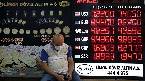 Türk lirası ABD Doları karşısında bu yılın başından beri yüzde 19 değer kaybetti