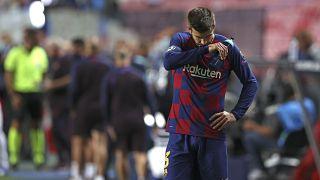 جيرارد بيكيه لاعب برشلونة بعد مباراة ربع نهائي دوري أبطال أوروبا لكرة القدم أمام وبايرن ميونخ في لشبونة بالبرتغال.