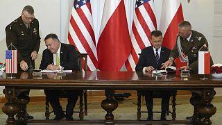 ABD Dışişleri Bakanı Mike Pompeo (solda) // Polonya Savunma Bakanı Mariusz Błaszczak