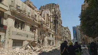 انهيار جزء من مبنى تراثي وسط العاصمة المصرية القاهرة