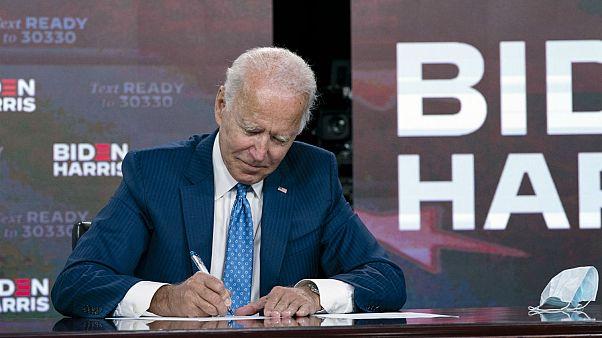 Joe Biden'ın 'Erdoğan darbe ile değil seçimle değişmeli' açıklamalarına Beştepe'den sert tepki | Euronews