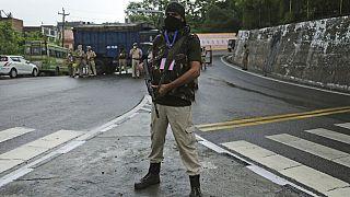 Cammu'da bir güvenlik görevlisi