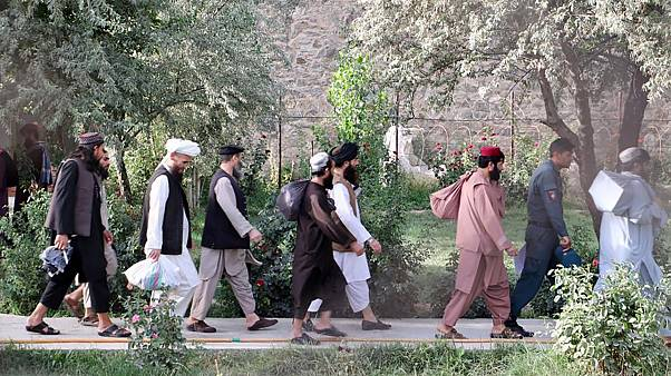 دفعة سابقة من سجناء طالبان بعد الإفراج عنهم من سجن بول الشرقي في كابول، الخميس 13 أغسطس 2020
