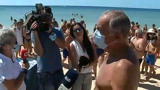 El presidente de Portugal socorre a dos bañistas