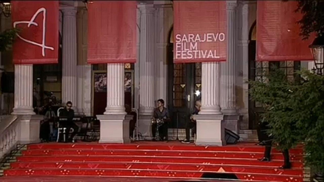 Le Festival du film de Sarajevo en ligne et sur tapis rouge