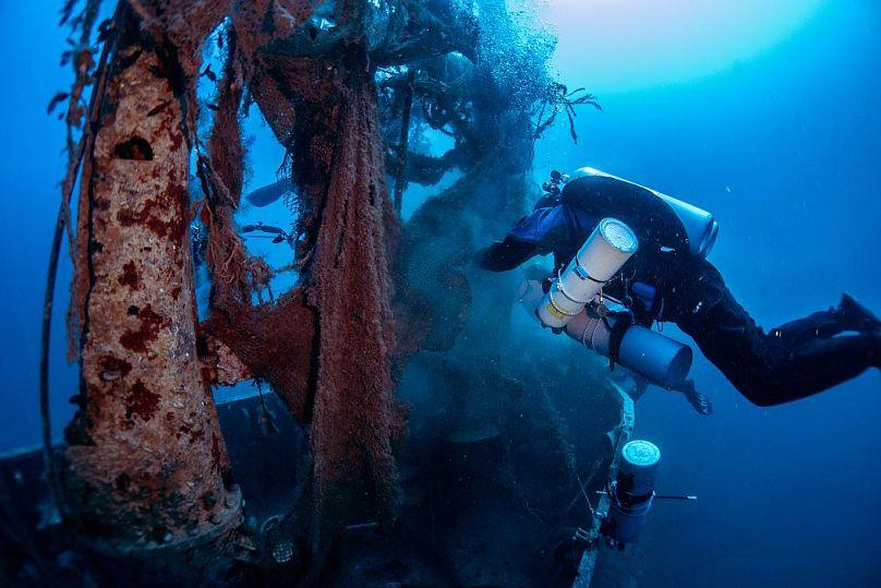 Giorgos Kolikis/Ghost Diving