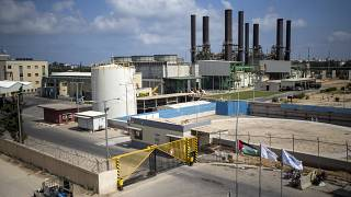 محطة توليد الكهرباء في قطاع غزة تتوقف عن العمل بعد نفاد الوقود