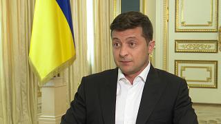 Euronews intervista Zelensky, presidente dell'Ucraina: Donbass, Crimea, UE, Trump, Lukashenko...