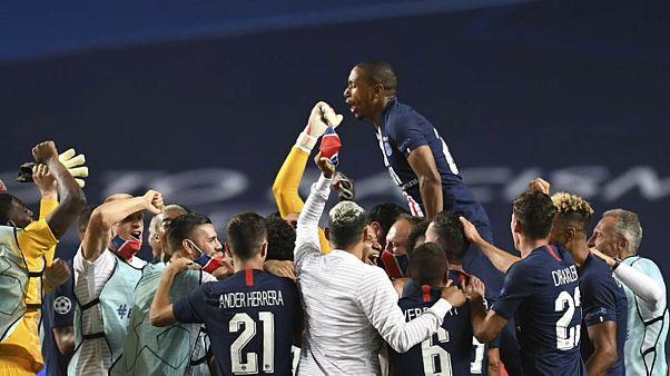 فوز نادي باريس سان جيرمان في البرتغال وتأهله إلى نهائي دوري أبطال أوروبا بعد فوزه على نادي لايبزيغ الألماني  3-0