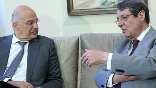 Yunanistan Dışişleri Bakanı Nikos Dendias ve Güney Kıbrıs Cumhurbaşkanı Nikos Anastasiades