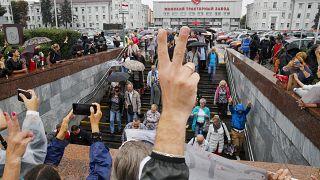 Manifestantes antigubernamentales en Minsk