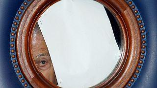 Charles Pasqua, volt francia belügyminiszter korrupciós perének ítélethirdetését várja