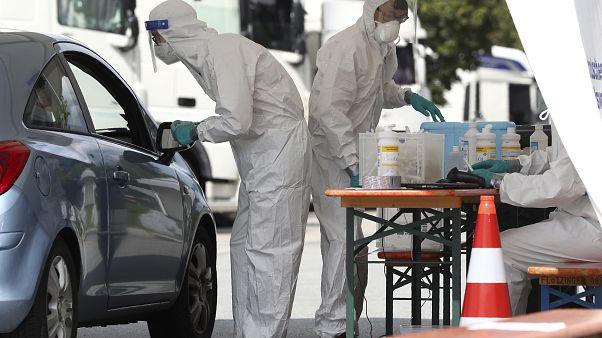 La OMS previene contra la coincidencia de la Covid y la temporada de gripe