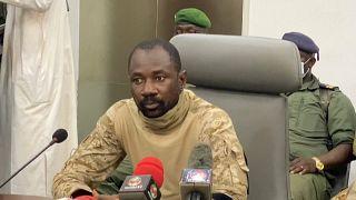 Coronel do exército Assimi Goita assume-se como  Presidente do Comité Nacional para a Salvação do Povo do Mali