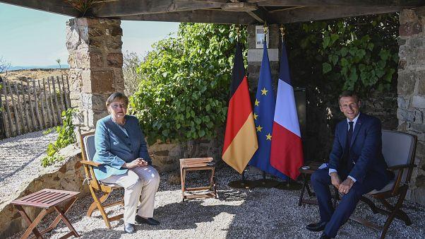 Angela Merkel und Emmanuel Macron in der Residenz Fort de Brégançon am Mittelmeer
