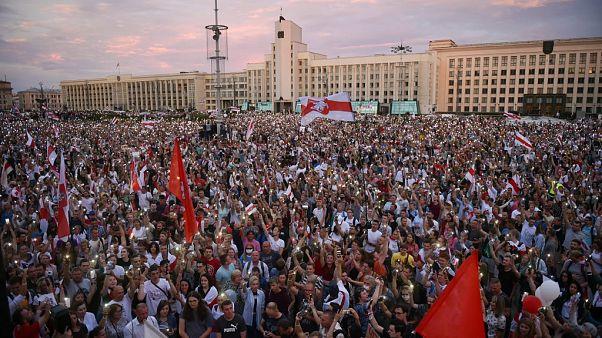 Minsk'te protestolar devam ediyor