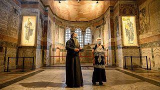 کلیسای تاریخی کورا