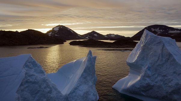 Γροιλανδία: Νέο ρεκόρ στο λιώσιμο πάγων