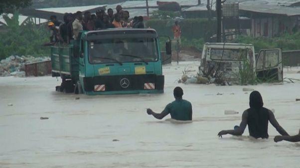 Súlyos áradások Kamerun északi részén