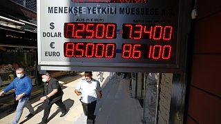 Doğal gaz açıklaması sonrası dolar düşerken euro yükseldi