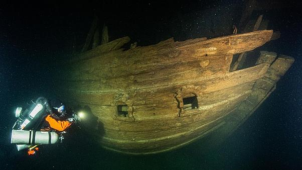 The Badewanne Diving Team has discovered the rare wreck of a Dutch 17th Century merchantman