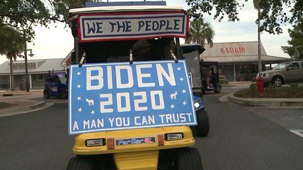 Florida: Rentner feiern in Golfwagen die Biden-Harris-Nominierung