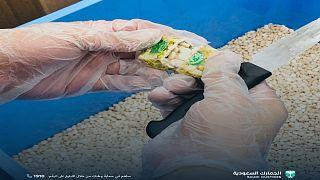 الجمارك السعودية تضبط 3 ملايين حبة كبتاجون في ميناء الملك عبد العزيز في الدمام