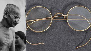 فروش عینک گاندی در حراجی بریستول