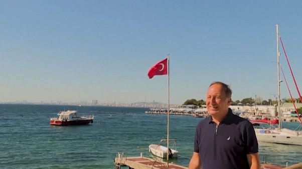 الأدميرال التركي المتقاعد جيم غوردنيز