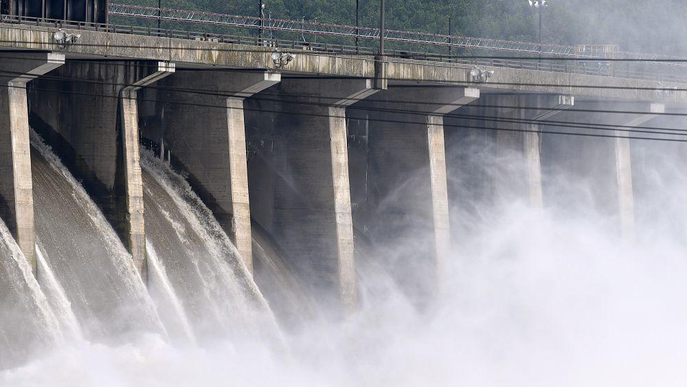 Sel felaketiyle gündeme gelen hidroelektrik santral nedir? Avantajları ve dezavantajları
