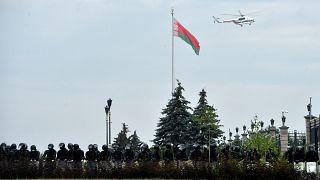 Вертолёт Лукашенко над Дворцом Независимости в Минске 23 августа 2020